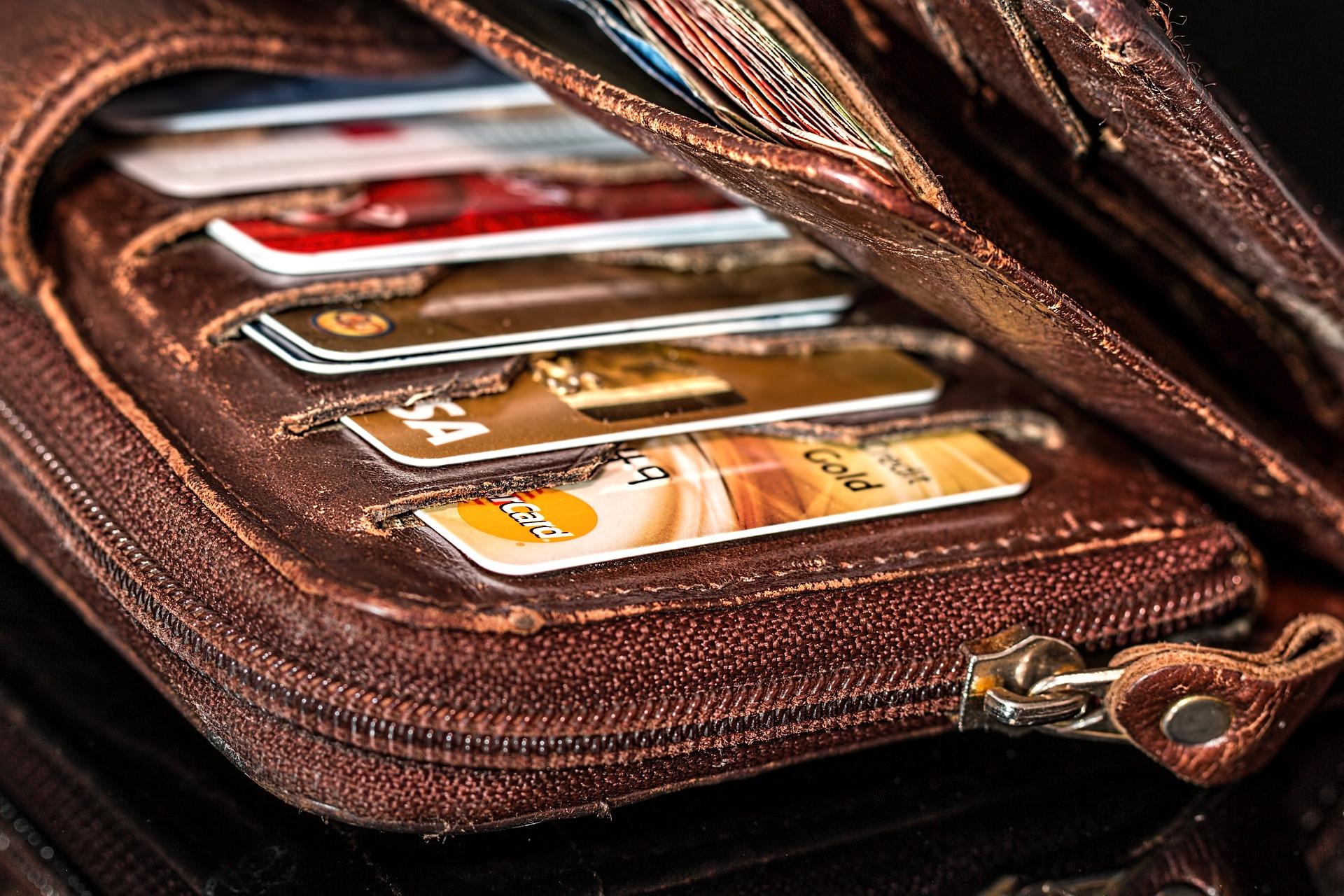 kreditka, kreditna karta, nanelove